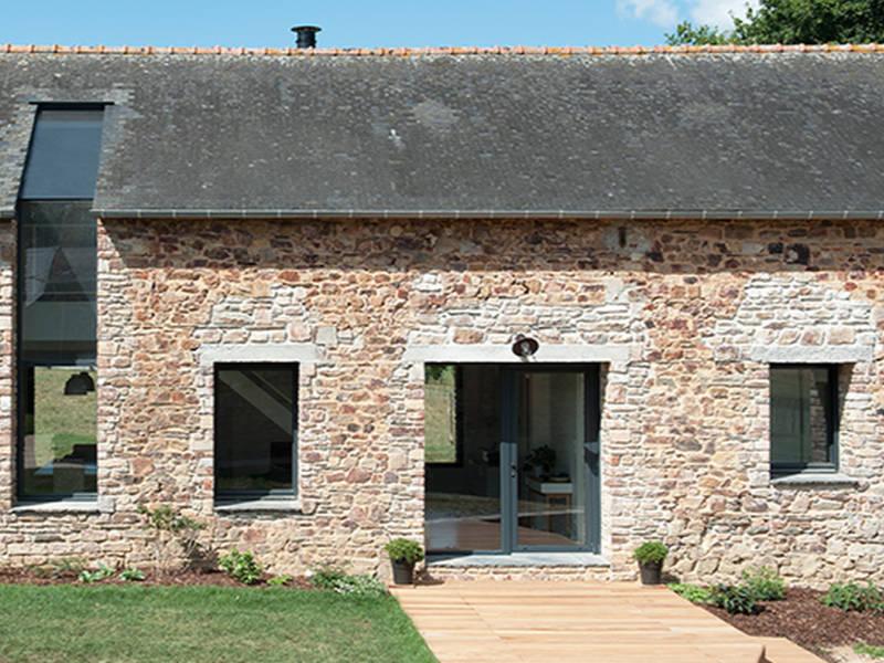 Installer une baie vitrée pour votre projet de rénovation