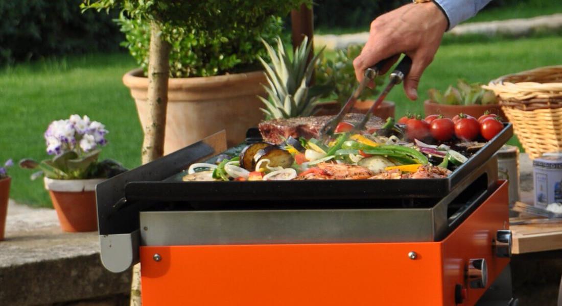 Cuire viande et légumes à la plancha