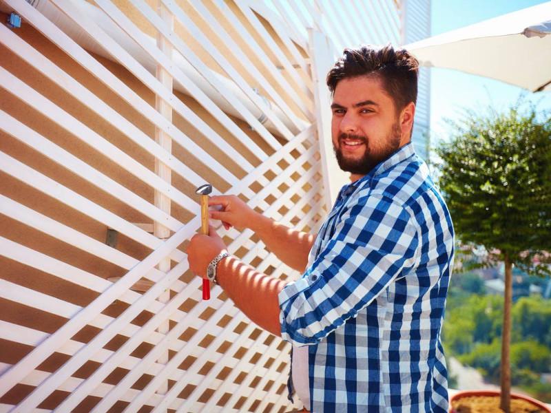 Pourquoi opter pour un brise-vue en bois pour votre clôture ?